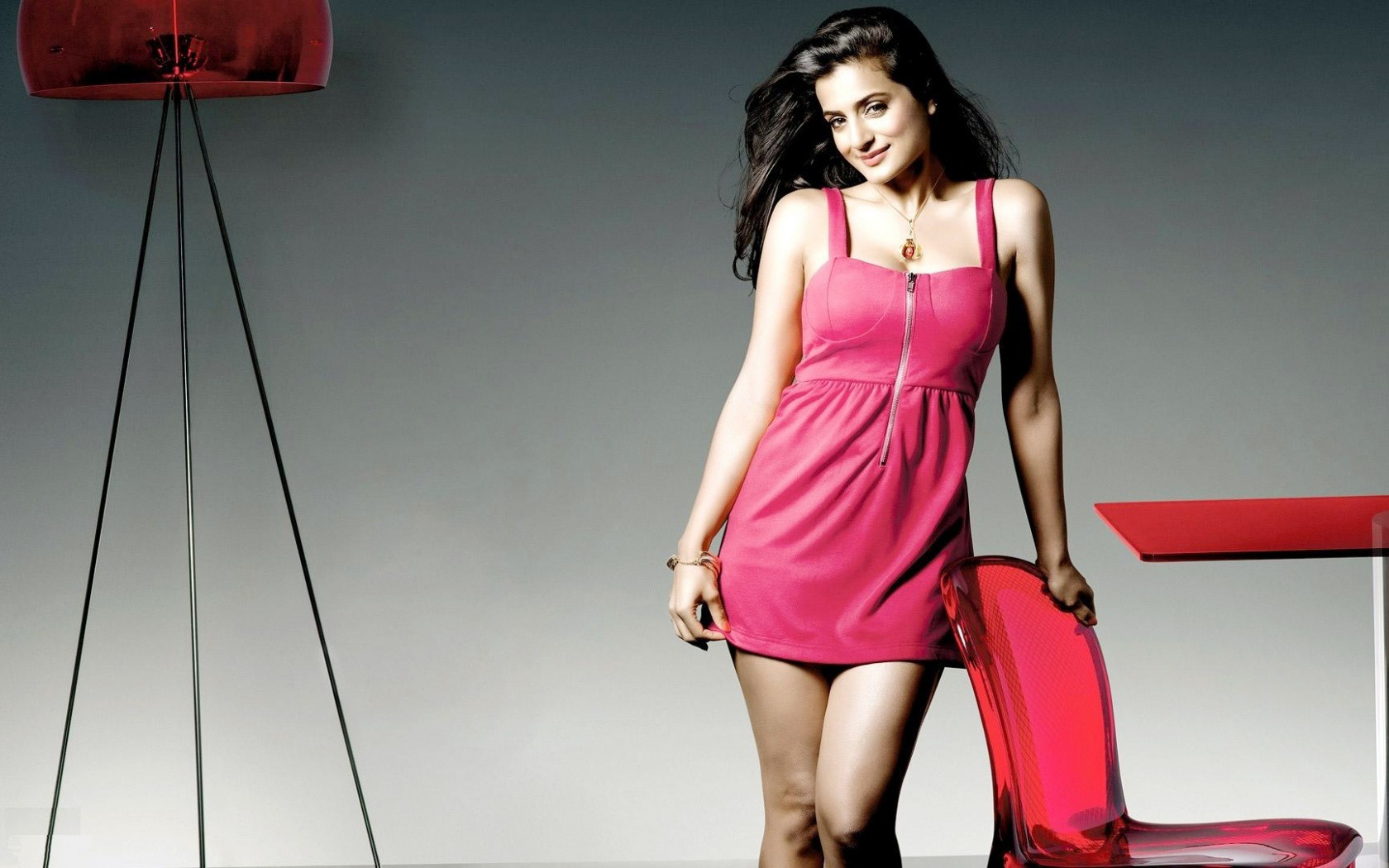 Ameesha-Patel-Pink-Dress-HD-Wallpaper