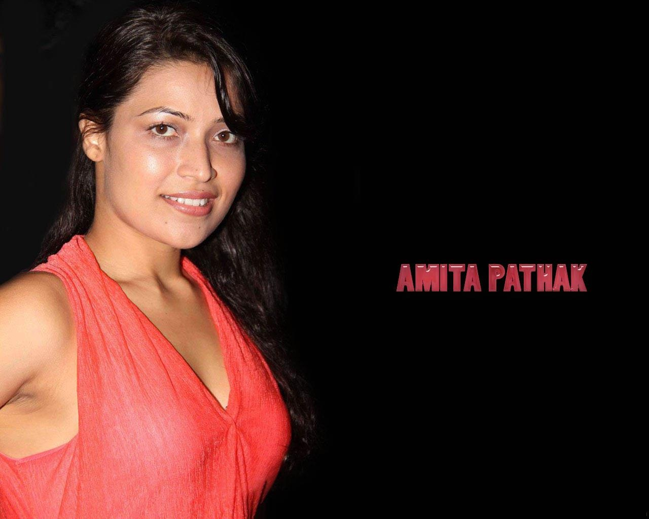 Amita-Pathak-HD-Cute-Wallpapers
