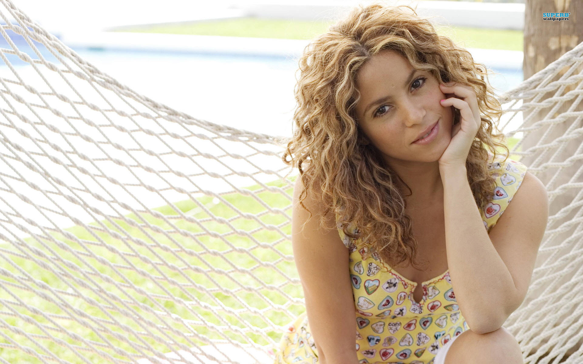 Shakira-Celebrity-Cute-Wallpapers-HD-Pics