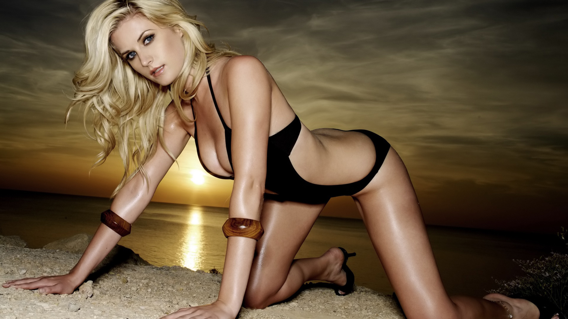 tony-y-bikini-girl-hd-wallpaper